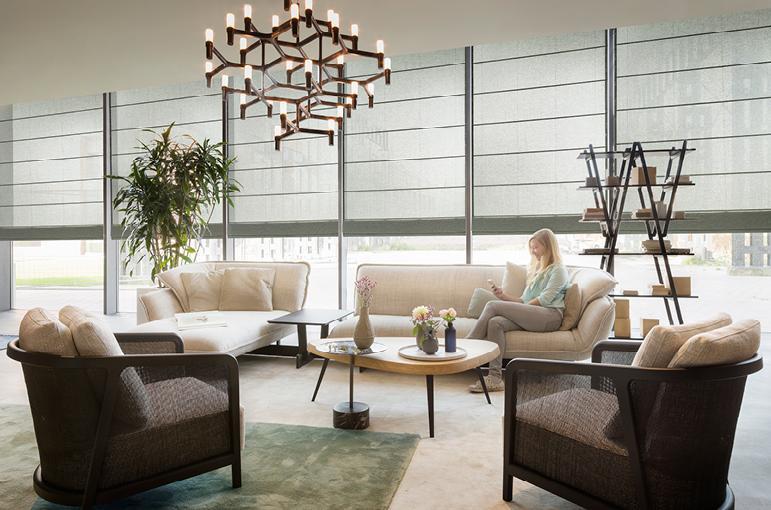 d coration de fen tre pour des grandes baies vitr es copahome. Black Bedroom Furniture Sets. Home Design Ideas